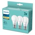 KÉSZLET 3x LED Izzó Philips E27/5,5W/230V 2700K