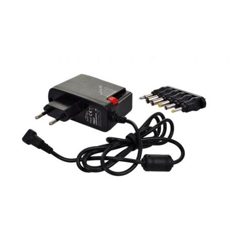 Univerzális hálózati adapter 600mA